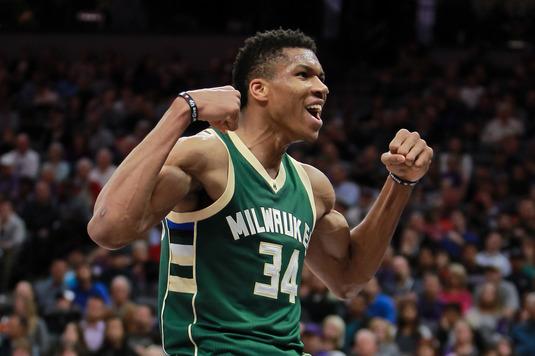VIDEO | Final nebun de meci în NBA. Coşuri de senzaţie la limită, decizii ale arbitrilor şi o mare învingătoare