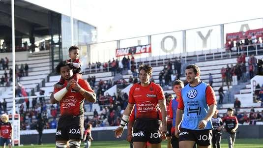 Fair-play total în rugby! Ce-a făcut un jucător de la Toulouse pentru a proteja un adversar accidentat | VIDEO