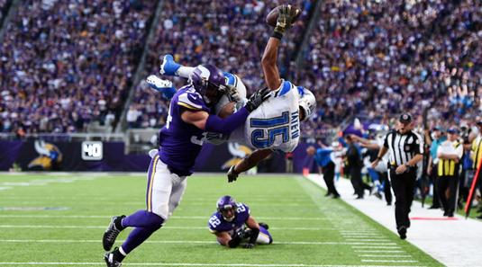 Spectacol în NFL  | A doua etapă din liga de fotbal american a avut de toate. VIDEO cu faze incredibile petrecute pe teren