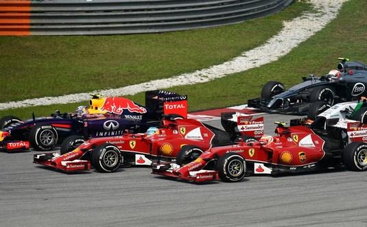 Record la final. Peste 110.000 spectatori la ultimul Mare Premiu al Malaeziei