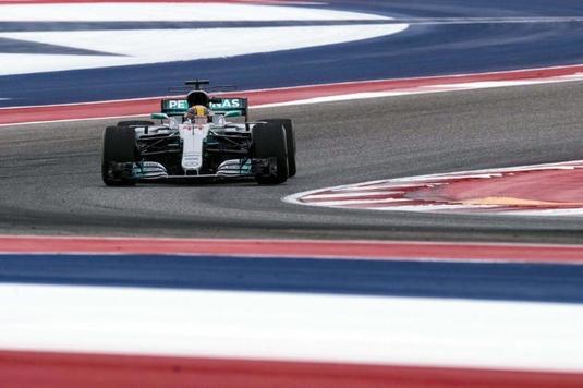 VIDEO | Hamilton face un pas uriaş către titlul mondial, iar Mercedes devine campioana constructorilor!