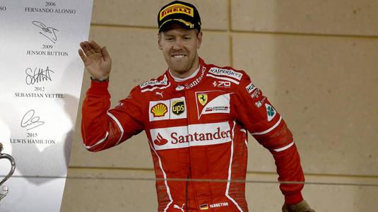 VIDEO | Vettel se impune în Brazilia. Cursă incredibilă făcută de Hamilton. A pornit de pe ultimul loc şi a terminat pe 4!