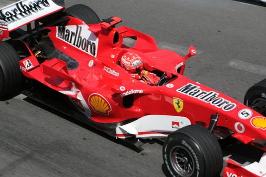 Record absolut! Cu ce sumă s-a vândut monopostul Ferrari cu care Michael Schumacher a câştigat la Monaco, în 2001