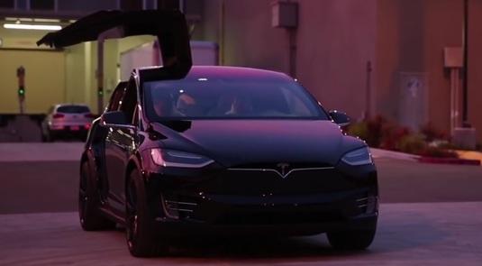 Plan spectaculos pentru Ferrari! Supermaşina care vrea să concureze cu Tesla!