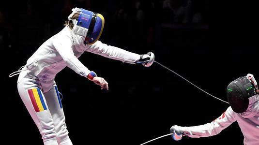 Pas greşit pentru echipa feminină de spadă a României. Au ieşit din Top 10 la Cupa Mondială de la Tallinn