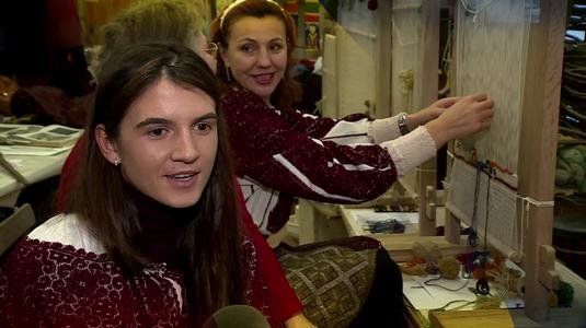 VIDEO EXCLUSIV   De 1 Decembrie, campioanele Liliana Gafencu şi Ionela Cozmiuc şi-au amintit de tradiţiile româneşti