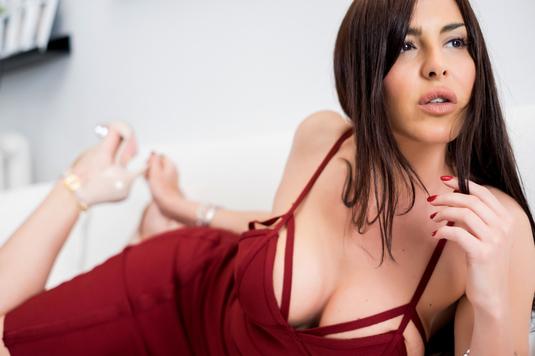 VIDEO Gafa uneia dintre cele mai sexy prezentatoare în timpul unei emisiuni sportive din Italia