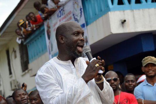 George Weah, legendă a fotbalului african, este în turul doi al alegerilor prezidenţiale în Liberia
