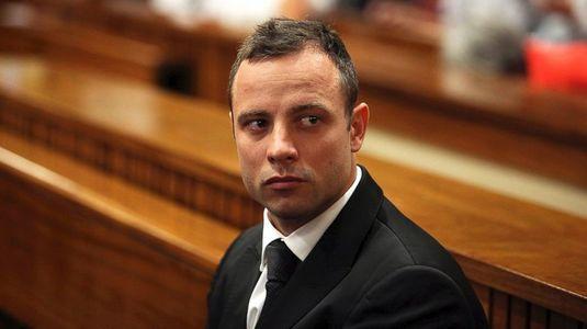 Oscar Pistorius a fost bătut în puşcărie! Totul a pornit de la folosirea telefonului public!