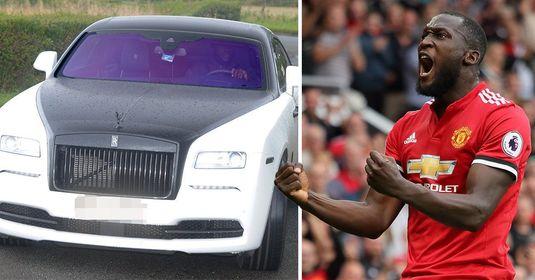 Lukaku le-a arătat fanilor cât de mult o iubeşte pe United! FOTO   Şi-a revopsit Rolls Royce-ul de 300.000 € în culorile clubului