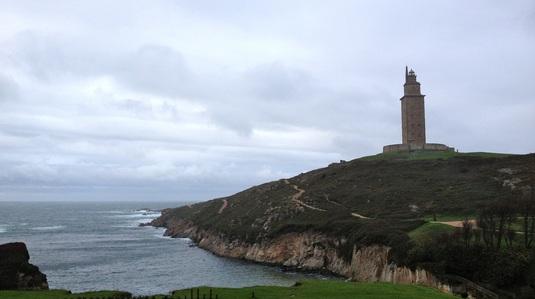 PREMIUM | Un alt tip de bătrân şi marea lui plină de întâmplări galiciene
