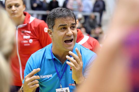"""Ambros Martin, după victoria superbă cu Spania: """"Le felicit pe fete! Am avut mentalitate şi spirit"""""""