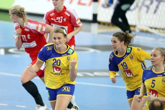 LIVE VIDEO 21:45 | Suedia - Franţa. Cinci jucătoare de la CSM Bucureşti se înfruntă în această semifinală