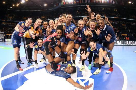 Primă uriaşă pentru handbaliste franceze dacă vor cuceri medalia de aur la Campionatul Mondial de handbal din Germania