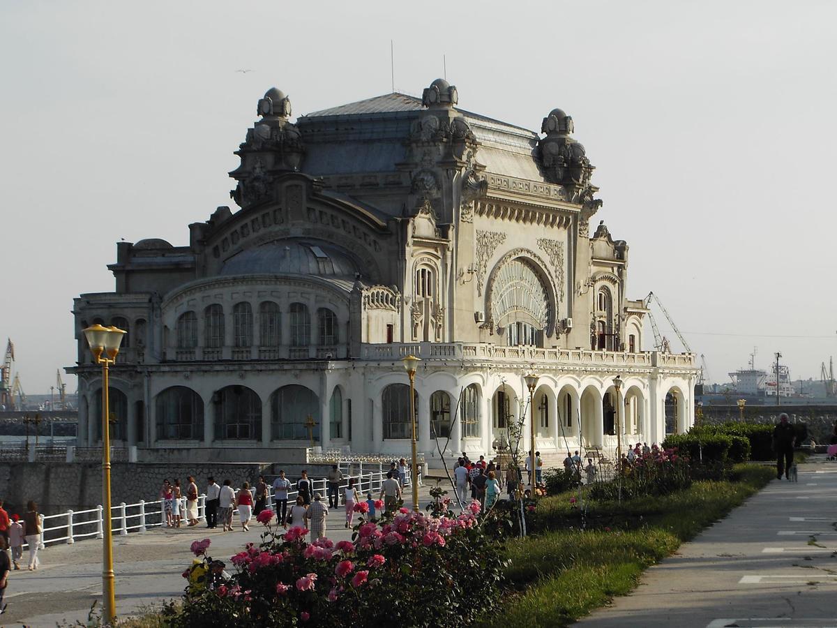Lucrările la Cazinoul din Constanța au început – Sunt demolate…
