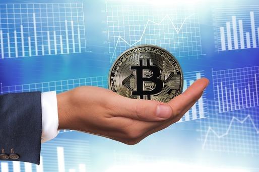 Bitcoin a avut cea mai slabă lună din ultimii aproape 10 ani