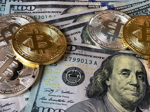 Bitcoin înregistrează pierderi masive și coboară sub pragul de 40.000 de dolari