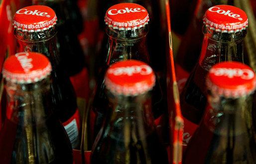61b27d171c Coca-Cola se pregătește să renunțe la o tradiție de 125 de ani și să