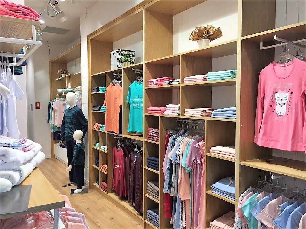 multe stiluri super speciale o selecție uriașă de Sofiaman deschide cel de-al patrulea nou magazin din București în ...