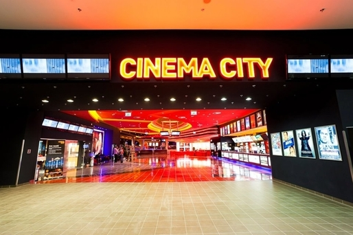 VIDEO Grupul britanic Cineworld, proprietarul celui mai mare lanț local de cinematografe, Cinema City, va aduce în România sistemul de săli ScreenX