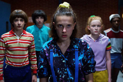 Stranger Things 3 a devenit cel mai vizionat serial Netflix