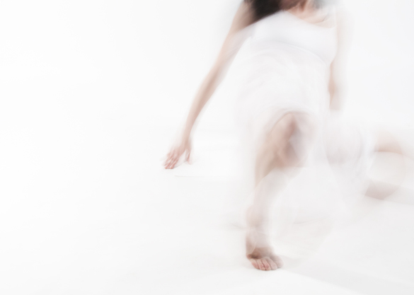 Stefania Becheanu, Introspection/ Danse pour s'oublier (2013), sursa foto Eastwards Prospectus