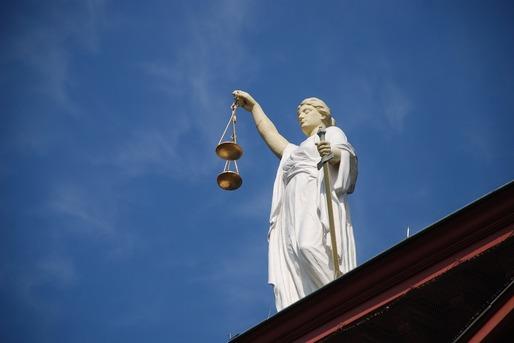 Asociațiile de consumatori sesizează CSM și INM cu privire la instrucția judecătorilor de către BNR