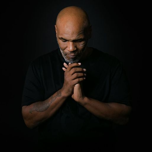 VIDEO Oficial - ''Am revenit'', anunță fostul campion mondial Mike Tyson