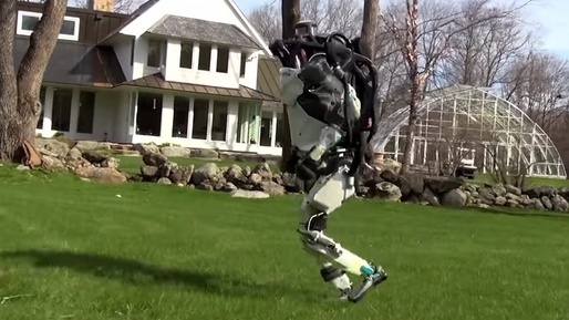 VIDEO Roboții Boston Dynamics au devenit mai buni la navigare autonomă și evitarea obstacolelor