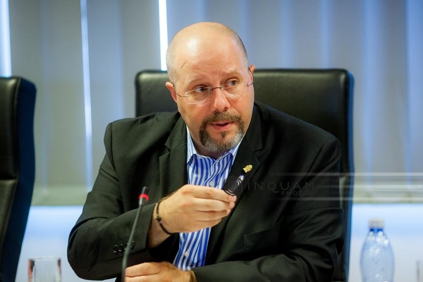 Image result for Viceprimarul Aurelian Bădulescu