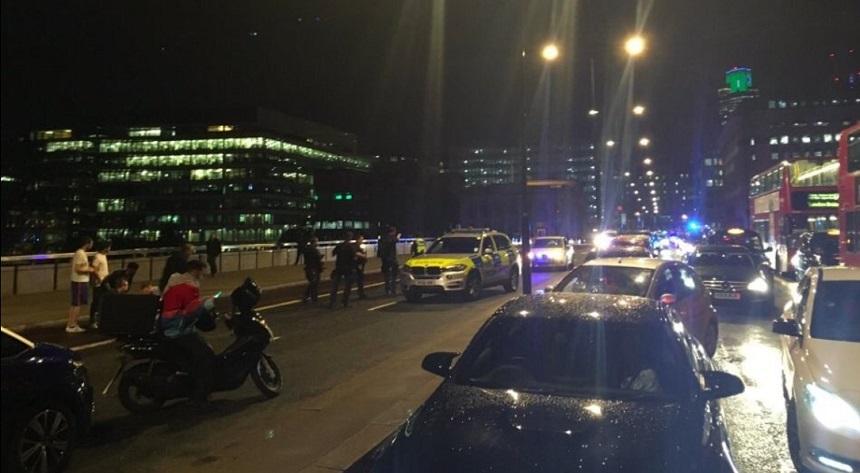 UPDATE: Incidente în Londra la London Bridge şi Borough Market. May: Incidentele sunt tratate ca potenţiale acte teroriste. Bilanţ oficial: şase morţi, trei suspecţi au fost împuşcaţi mortal. Serviciul de ambulanţă anunţă că sunt 30 de răniţi. VIDEO
