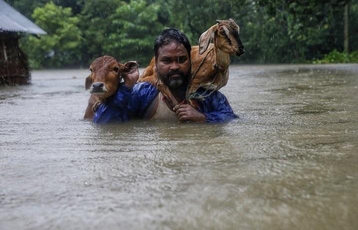 Bilanţul a urcat la 47 de morţi în urma inundaţiilor şi alunecărilor de teren din Nepal