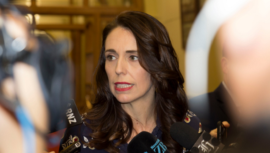 Premierul neo-zeelandez Jacinda Ardern a dispus izolarea celui mai mare oraş al ţării după apariţia a patru cazuri de coronavirus în ultimele 102 zile