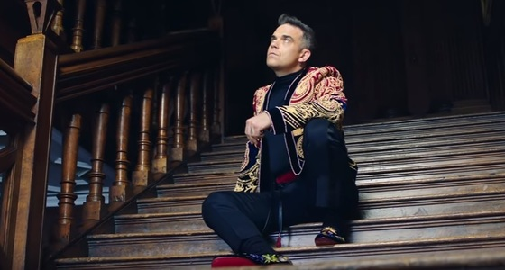 "Robbie Williams, acuzat de ""rasism"" de o parte a presei ruse, din cauza single-ului ""Party Like A Russian"""