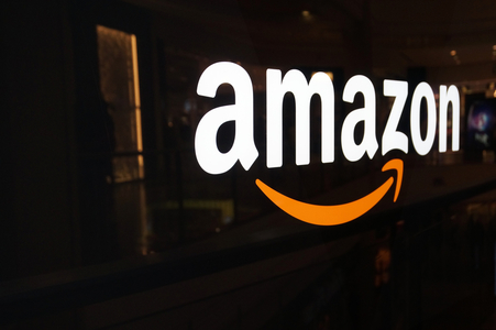 Amazon a lansat un nou serviciu de streaming muzical, care va concura cu Apple Music şi Spotify