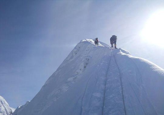 Alpinistul Horia Colibăşanu a urcat pe Everest fără oxigen suplimentar sport