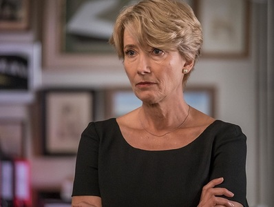 Actriţa Emma Thompson, decorată la palatul Buckingham de prinţul William