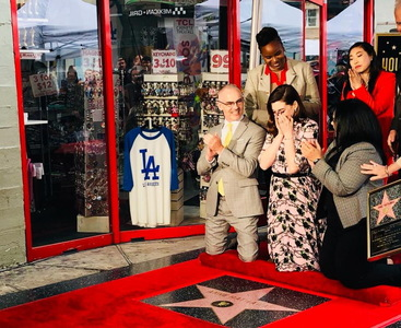 Actriţa americană Anne Hathaway a primit o stea pe Hollywood Walk of Fame