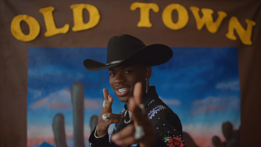 "Cântecul ""Old Town Road"", record de longevitate în fruntea topului Billboard al single-urilor - VIDEO"