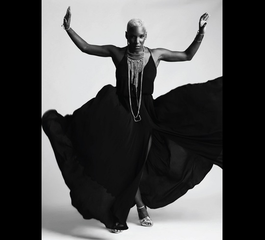 Liv Warfield