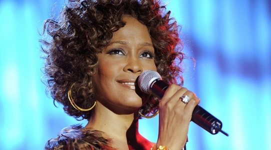 """I Wanna Dance With Somebody"", film despre Whitney Houston, în pregătire"