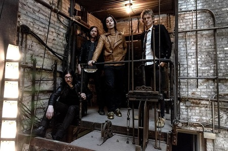 "The Raconteurs va lansa documentarul şi albumul ""Live At Electric Lady"" - VIDEO"