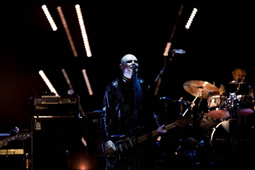 The Smashing Pumpkins a anunţat, prin lansarea a două single-uri, un nou album de studio - VIDEO