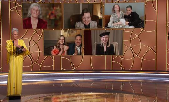 """Jamie Lee Curtis prezentând nominalizatele categoriei """"cea mai bună actriţă în rol secundar într-un film"""""""