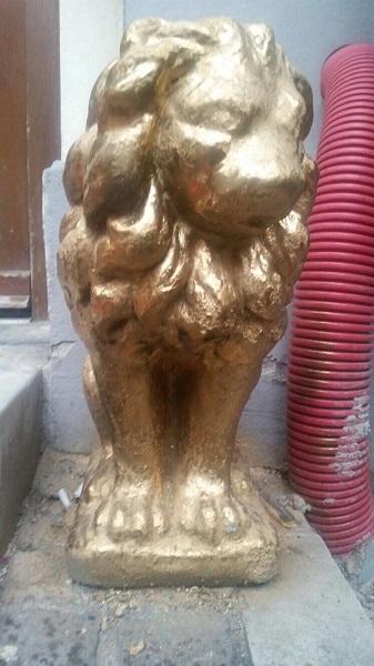 Leu auriu (Foto: kitschmuseum.ro)