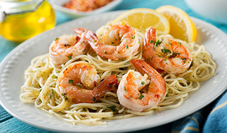 Spaghetti cu creveţi (paste în varianta integrală), un deliciu! Cum îi prepari ca să fie gustoși