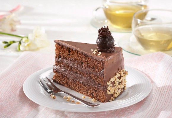 Tort-de-ciocolata-cu-rom