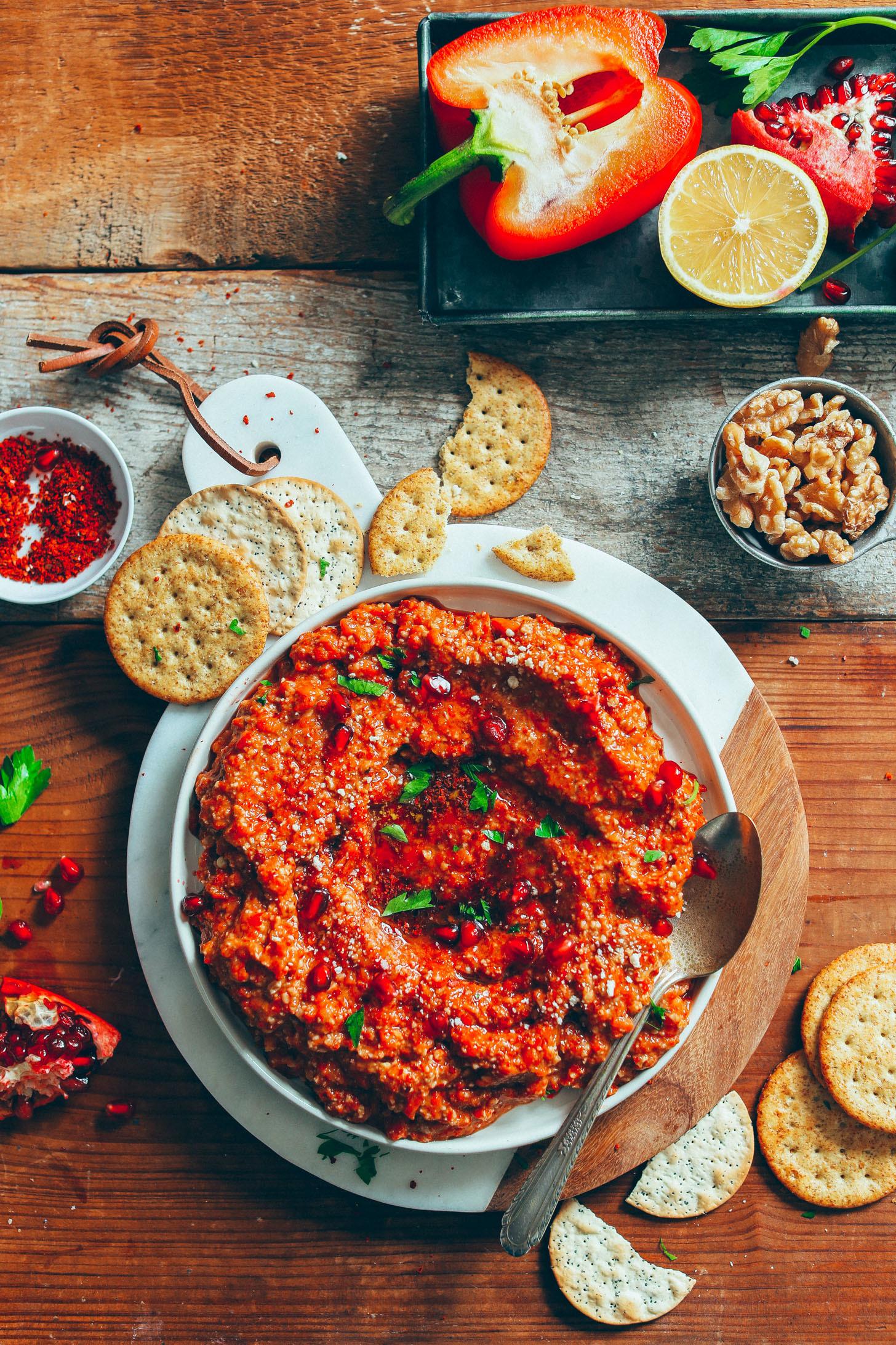 Muhammara - cum prepari pastă de ardei copţi cu nuci