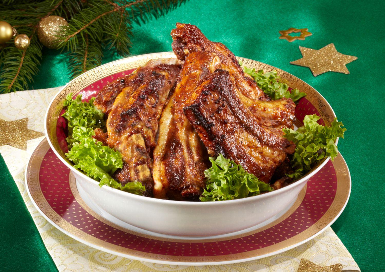 Costiţe de porc, reţeta pentru masa de Crăciun