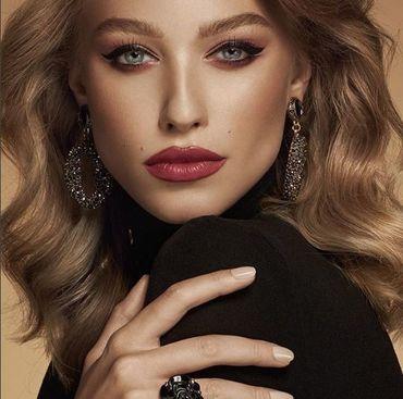 Super sexy! Soţia lui Bogdan Vlădău a făcut furori la o petrecere Vogue Italia FOTO
